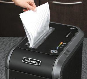 DESTRUCTORA FELLOWEStrituradora de papel, corte en partículas99CI 18 HOJAS CORTE 4X38MM 9