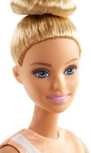 Movimientos Deportivos Barbie Doll Gimnasta rítmica ultra flexible, ¡provista de palos! 10