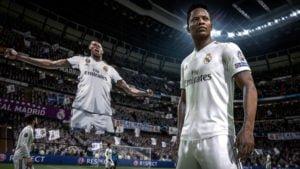 CONSOLA PS4 SONY 1TB FIFA 2019 BUNDLE 12