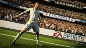 CONSOLA PS4 SONY 1TB FIFA 2019 BUNDLE 8