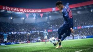CONSOLA PS4 SONY 1TB FIFA 2019 BUNDLE 26
